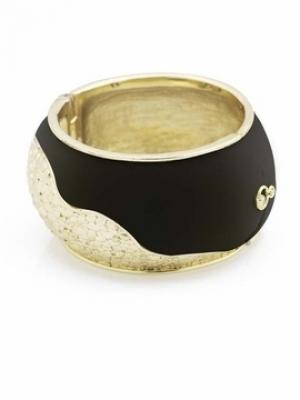 Kim Kardashian Belle Noel Jewelry Collection