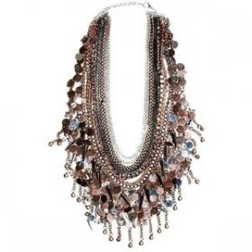 5 Ways to Shine Through Glam Accessories