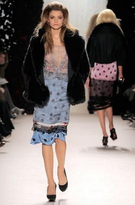 Fall/Winter 2020 Pale Blue Fashion Trend