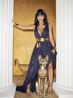 Kim Kardashian Covers US Harper's Bazaar March 2020