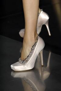 2020 Shoe Trends – Satin