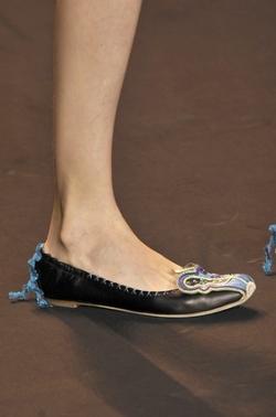 2020 Summer Shoe Trends – Flats