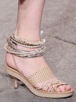 Kitten Heels Shoe Trend 2020