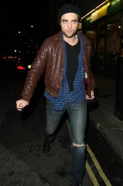 Robert Pattinson Fashion Style
