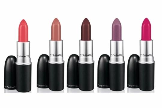 MAC A Tartan Tale Makeup Collection Holiday 2020