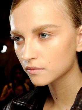 Spring/Summer 2020 Natural Makeup Trend