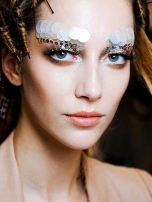 Runway Inspired Halloween Makeup Ideas