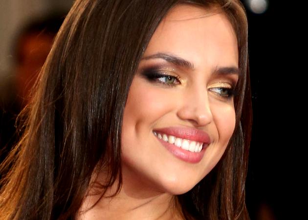 Makeup Tricks for Green Eyes