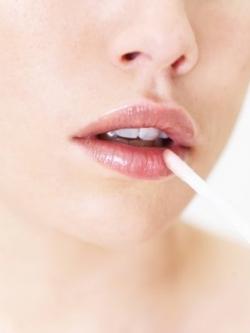 Make Lip Gloss Last Longer Tips