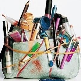 Tips to Keep your Makeup Kit Germ Free