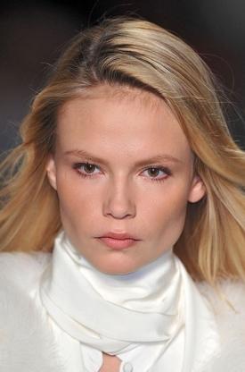 Fall/Winter 2020 Porcelain Doll Makeup Trend
