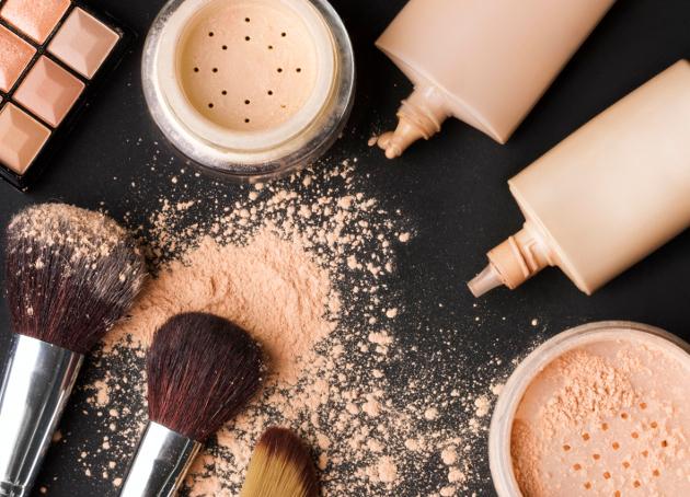 How to Do Makeup for Rainy Days