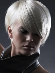 New Platinum Blonde Hairstyles
