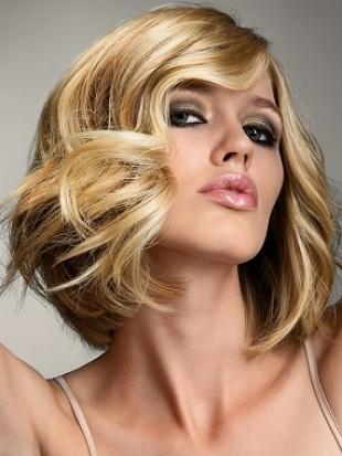Modern Medium Hairstyles With Bangs