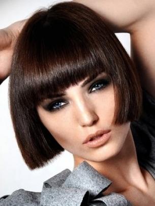 Pretty Medium Haircut Ideas 2020