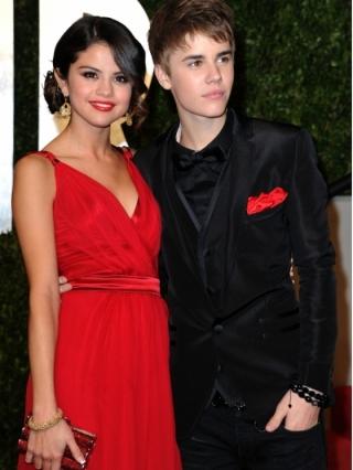 Selena Gomez Talks About Demi Lovato and Justin Bieber