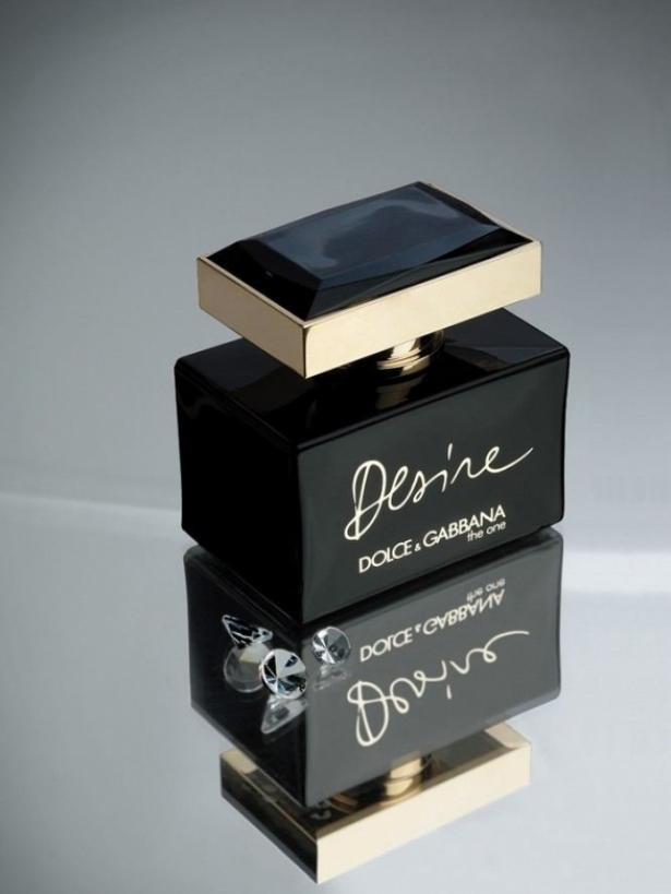 Scarlett Johansson for Dolce & Gabbana's 'The One Desire' Fragrance