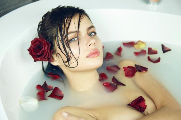 The 10 Honeymoon Beauty Tips You'll Need