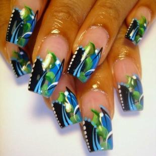 Abstract Nail Designs