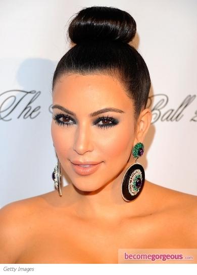 Kim Kardashian's Smokey Eyes Makeup