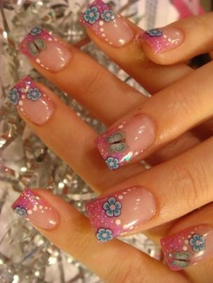 Glitzy Glam Nail Art Designs