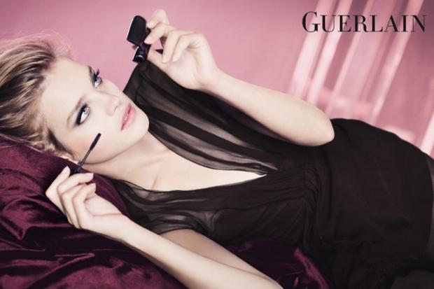 Guerlain 'Les Roses Et Le Noir' Spring 2020 Makeup Collection