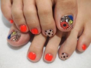 Crafty Pedicure Nail Art Designs