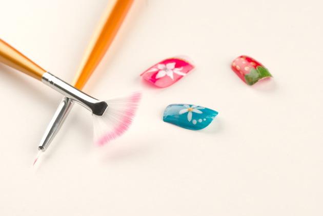 Basic Nail Design Tools for DIY Nail Art