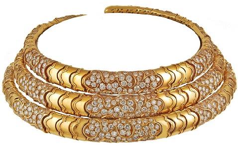 three-piece-diamond-gold-necklace-17