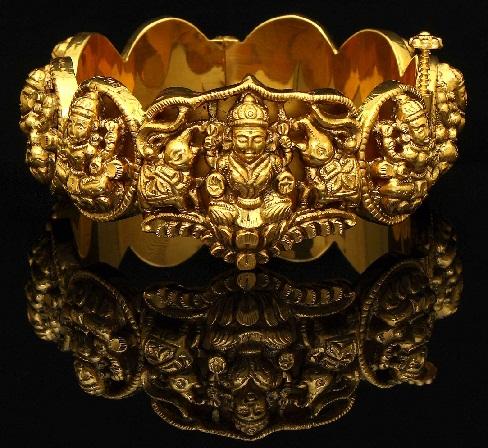 temple-jewellery-designs-temple-design-bangles-7