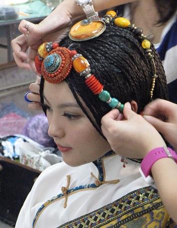 tibetian-head-teeka-accessory-24
