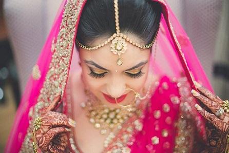 maang-tikka-for-a-bride