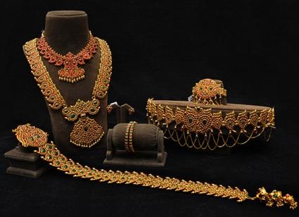 temple-design-bridal-jewellery