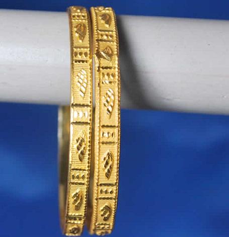 Flat 4 gm Gold Bangles