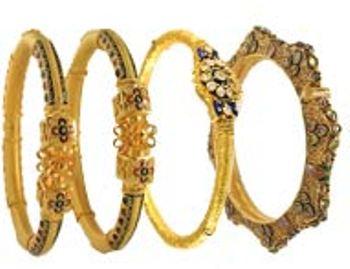 22 Karat Antique Bangles Set