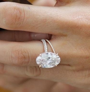 5 Carat oval Shape Diamond Ring