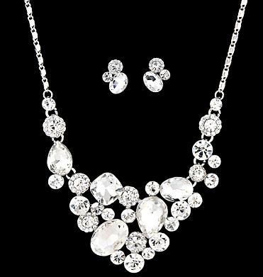 unique-bridal-crystal-jewellery-design-1