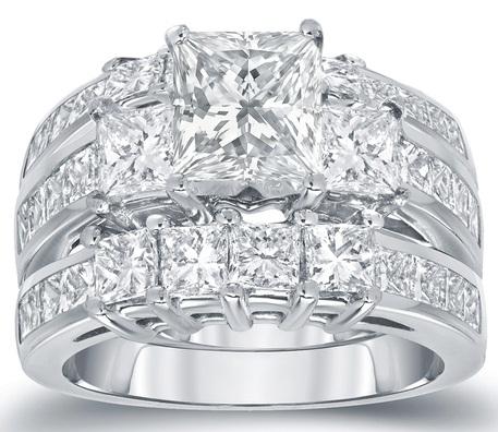 Platinum white Diamond Princess Cut Ring