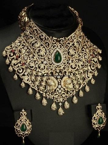 designer-heavy-diamond-necklace4