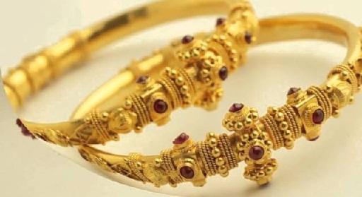 Artificial Temple Bangle Jewellery Design