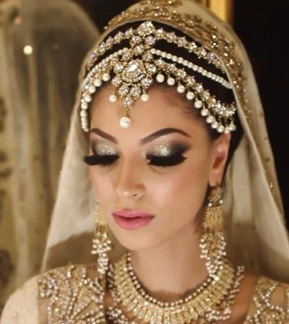 Royal Bridal Maang Tikka6