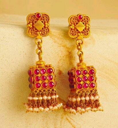 temple-jewelry-jhumka-beautiful-jhumka-for-diwali-9
