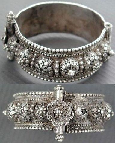 antique-hinged-bracelet2