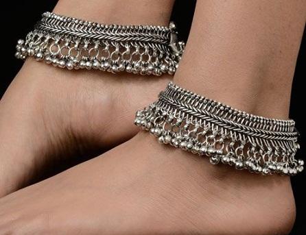antique-silver-anklets6