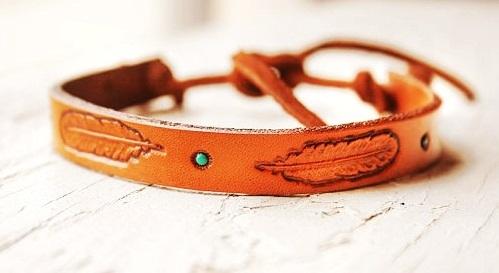 Engraved leather anklet
