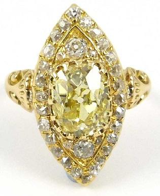 Leaf Designed Yellow Diamond Ring