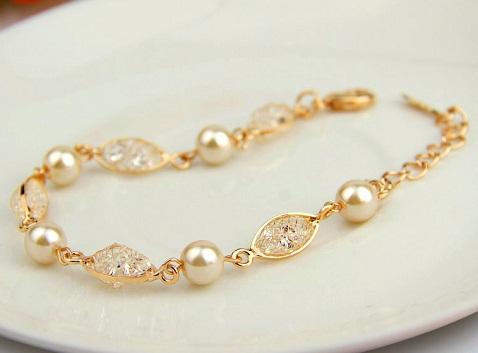 Pearl Gold Platted Bracelet