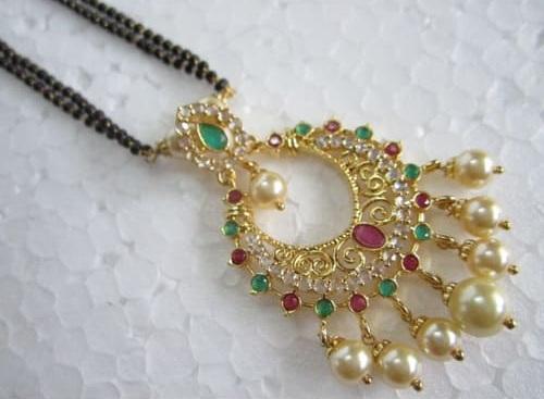 Black bead Mangalsutra chain with Chandabali Pendant