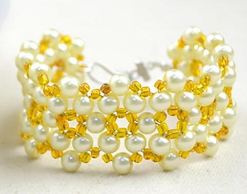Sunshine yellow bead bracelet