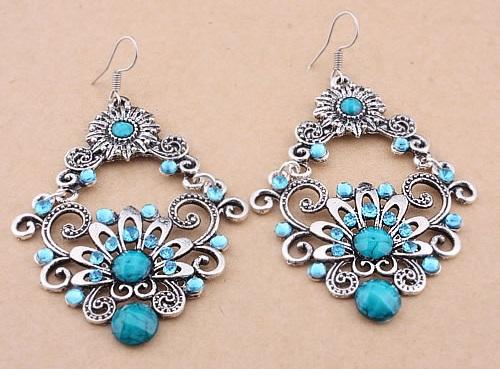 aquamarine-silver-floral-earrings